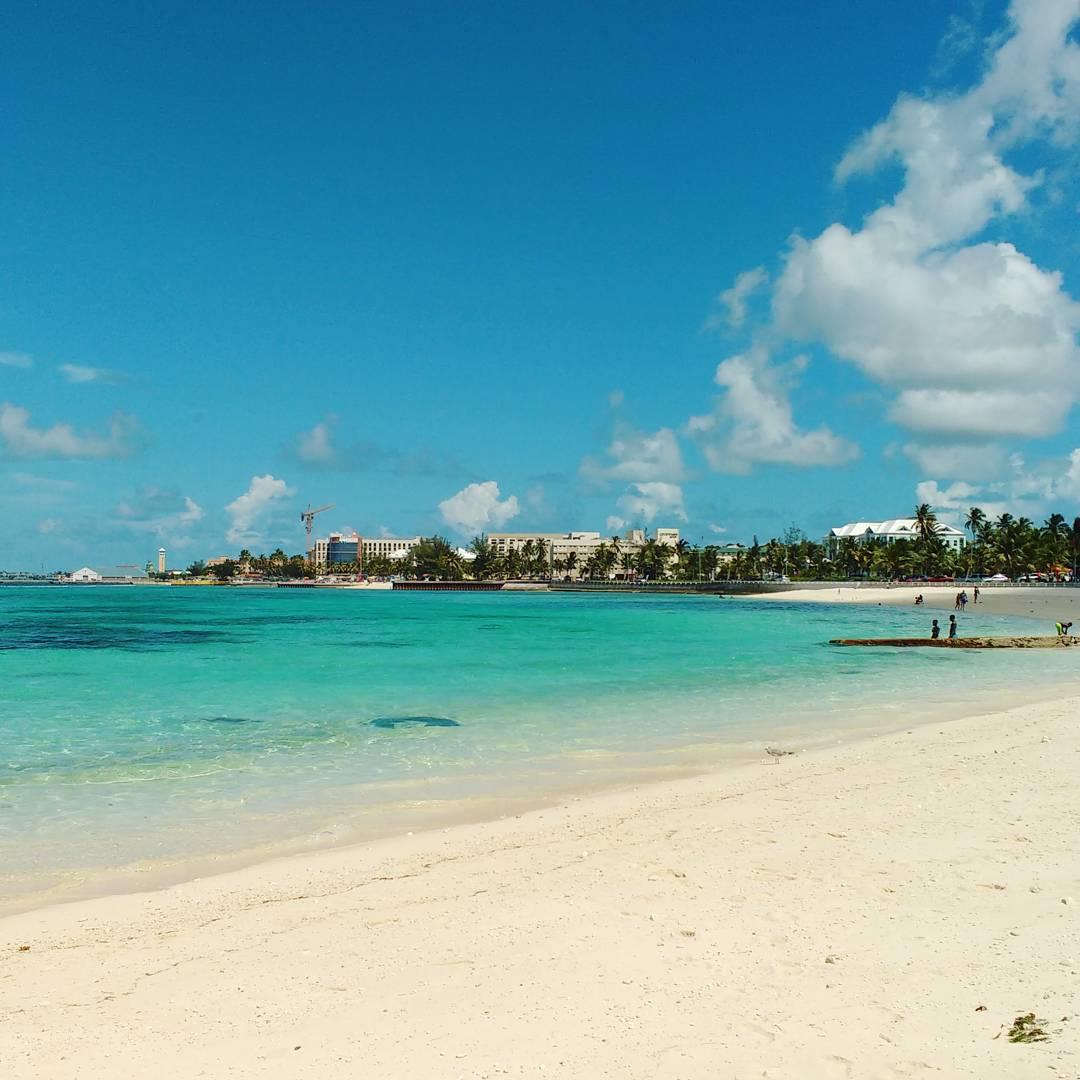 Junkanoo Beach, em Nassau, Bahamas