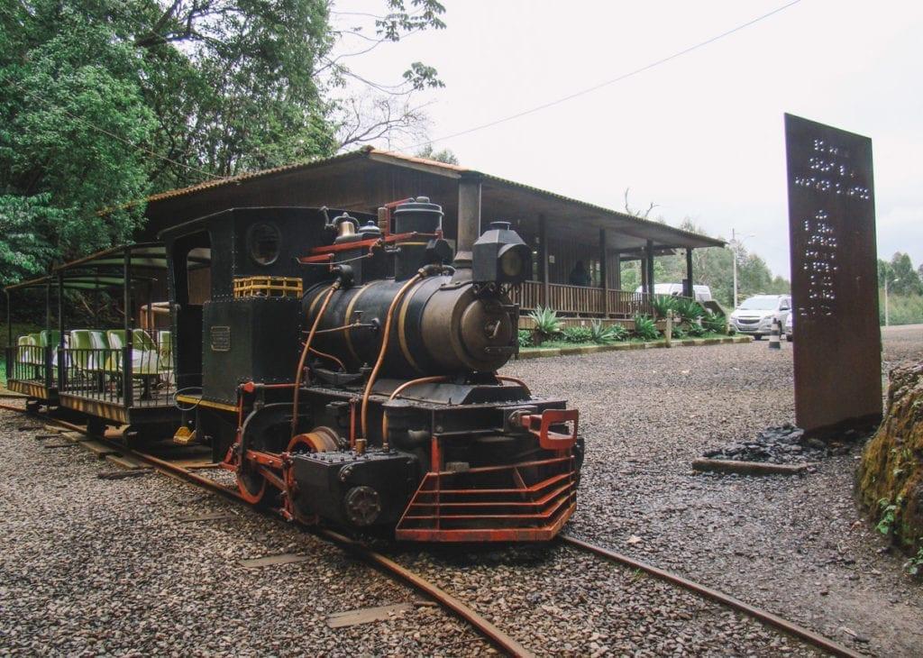 Minilocomotiva na Mina de visitação Octávio Fontana, em Criciúma